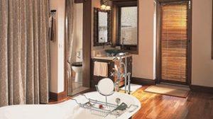 Luxury Tent bathroom Oberoi Vanyavilas